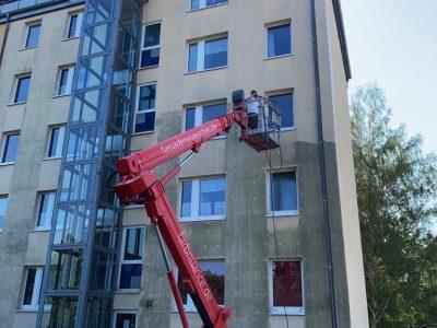 Dresden, Fassadenwäsche, Mehrfamilienhaus, Algenmax, Farbnuance, Renovierung, Fassadenreinigung, Reinigung (3)