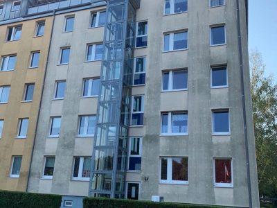 Dresden, Fassadenwäsche, Mehrfamilienhaus, Algenmax, Farbnuance, Renovierung, Fassadenreinigung, Reinigung (5)