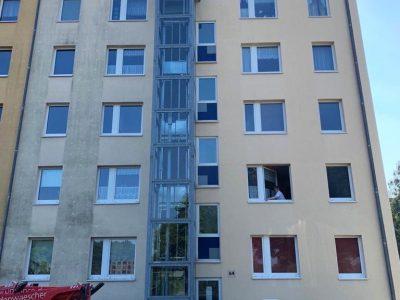 Dresden, Fassadenwäsche, Mehrfamilienhaus, Algenmax, Farbnuance, Renovierung, Fassadenreinigung, Reinigung (6)